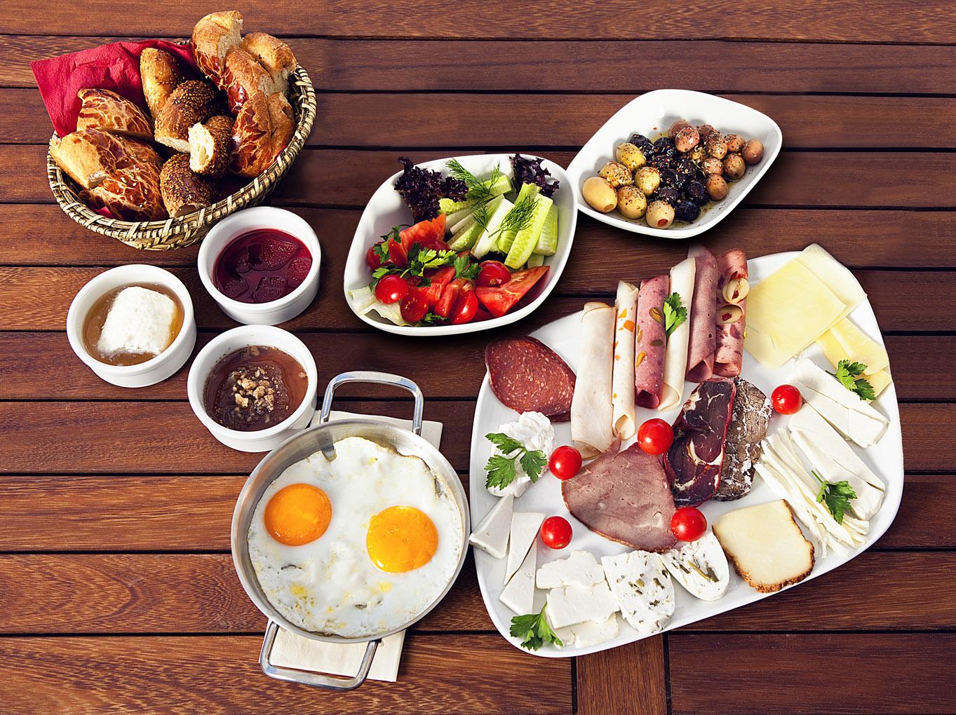 kahvalti-rahat-yedigin-ogun